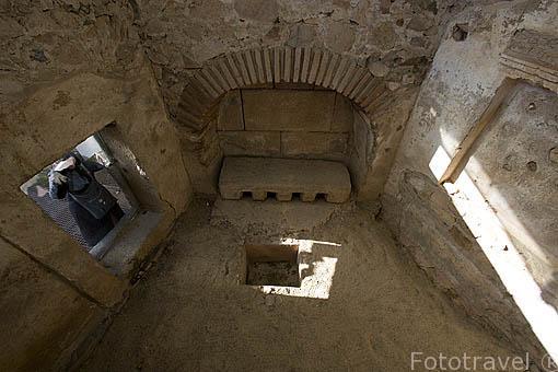 Interior del mausoleo de los Julios. 50 al 100 d.C. Area funeraria de los Columbarios. MERIDA. Ciudad Patrimonio Unesco. Badajoz. Extremadura. España