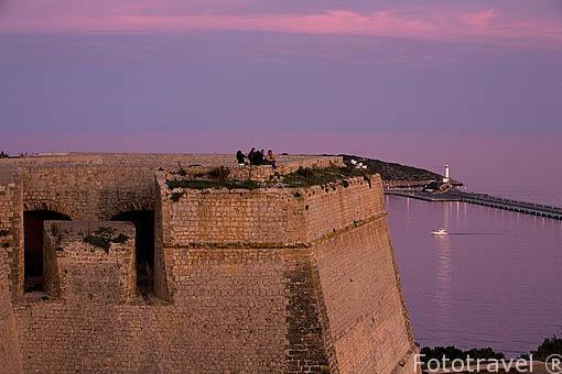 Baluarte de Sant Bernat. Parte de la muralla renacentista en la parte alta del casco historico patrimonio de la UNESCO de IBIZA. Islas Baleares. Mar Mediterraneo. España