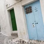 Calle en el barrio de Dalt Vila. Ciudad de IBIZA, patrimonio de la Humanidad, UNESCO. Mar Mediterraneo. Islas Baleares. España