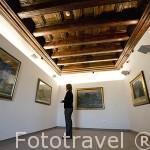 Interior del museo Puget con pinturas sobre la vida rural en la isla de Ibiza y sus costumbres. Dedicado a los pintores Puget Viñas y Puget Riquer. Ciudad de IBIZA. Islas Baleares. España