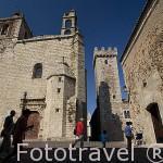 Iglesia de San Mateo, s.XVI y la torre de las Cigueñas, S.XV. En la Plaza de San Mateo. CACERES. Ciudad Patrimonio de la Humanidad. Extremadura. España