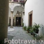 Patio interior de la Casa de los Toledo Monctezuma, s.XIV - XVI. CACERES. Ciudad Patrimonio de la Humanidad. Extremadura. España