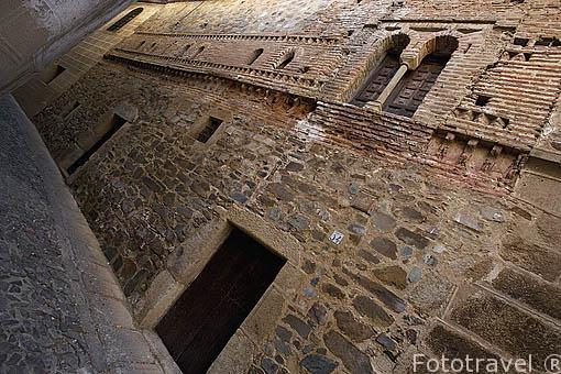 Antigua casa Mudéjar con restos en ladrillo en la fachada. CACERES. Ciudad Patrimonio de la Humanidad. Extremadura. España