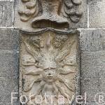Escudo en la fachada de la Casa de los Solis o del Sol, s.XV. CACERES. Ciudad Patrimonio de la Humanidad. Extremadura. España
