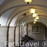 Soportales en la Plaza Mayor. Antigua juderia. CACERES. Ciudad Patrimonio de la Humanidad. Extremadura. España