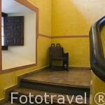 Escaleras. Parador de Carlos V en el castillo de los Condes de Oropesa. Poblacion de JARANDILLA DE LA VERA. Provincia de Caceres. Extremadura. España - Spain