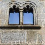 Fachada de una antigua casa nobiliaria. Población de CUACOS DE YUSTE. Provincia de Caceres. Extremadura. España - Spain