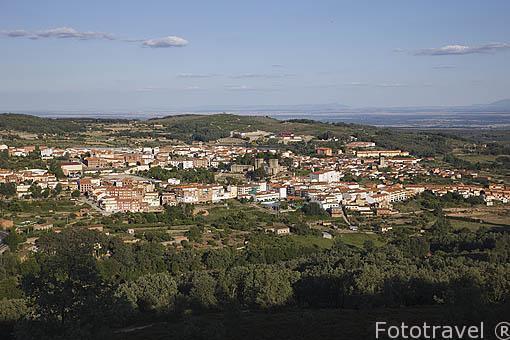 JARANDILA DE LA VERA y su edificio del Parador de Carlos V. Provincia de Caceres. Extremadura. España - Spain