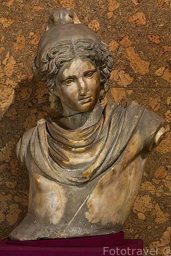 Busto de Ganimedes, Alhambra de Granada. s. I- III d.C. Museo Arqueológico y etnográfico. Ciudad de GRANADA. Andalucia. España