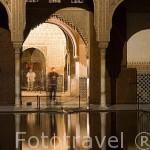 Patio de Arrayanes. Palacio de Comares. La Alhambra,UNESCO. Ciudad de GRANADA. Andalucia. España