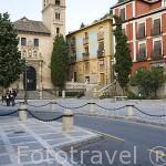 La iglesia de Santa Ana y la plaza de Santa Ana. GRANADA. Andalucia. España
