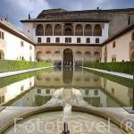 Patio de Arrayanes. Palacio de Comares. Palacios Nazaries. La Alhambra, UNESCO. Ciudad de GRANADA. Andalucia. España