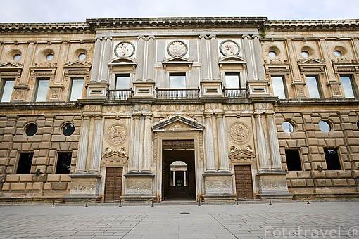 Fachada principal del Palacio de Carlos V.Ciudad de GRANADA. Andalucia. España