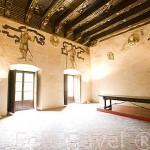 Sala de La Cuadra Dorada y su decorada techumbre. Casa de los Tiros. Museo de Artes y Costumbres Populares. Ciudad de GRANADA. Andalucia. España