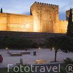 Torres de la Alcazaba (A la derecha la Torre del Homenaje), desde el patio de los Aljibes. La Alcazaba. La Alhambra, UNESCO. Ciuda de GRANADA. Andalucia. España