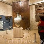 Jarrón de las Gacelas. Sala de exposición del Museo de la Alhambra. GRANADA. Andalucia. España