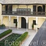 Patio principal con alberca. Casa del Chapiz. Escuela de Estudios Arabes. Barrio del Albaycin. Ciudad de GRANADA. Andalucia. España