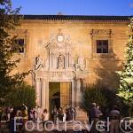 Fachada del Hospital Real. Ciudad de GRANADA. Andalucia. España