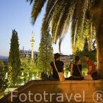 Vistas hacia el parque Fuente del Triunfo. Ciudad de GRANADA. Andalucia. España
