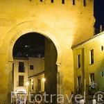 Arco de Puerta Elvira. Ciudad de GRANADA. Andalucia. España