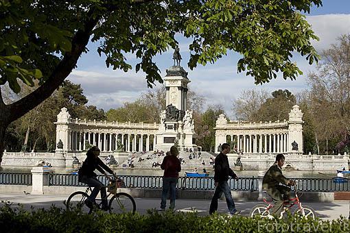 Estanque grande, 1631. Parque del Retiro. Madrid. España