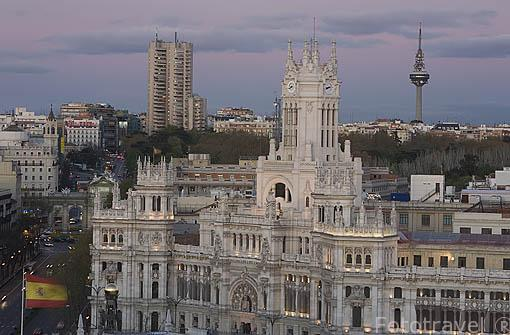 El edificio de Correos y ahora Ayuntamiento en la plaza de las Cibeles. MADRID. España