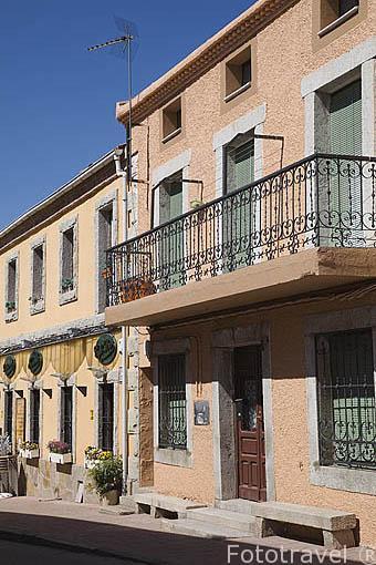 Casas tipicas del pueblo de LOZOYA. Sierra de Guadarrama. Comunidad de Madrid. España