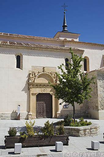 Iglesia parroquial de El Salvador, s.XVI. LOZOYA. Sierra de Guadarrama. Comunidad de Madrid. España