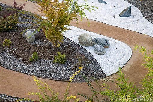 Un jardin de estilo zen. La Estufa Fria. Parque Juan Carlos I. Campo de las Naciones. Madrid. España