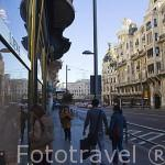 Calle de Gran Via n.8 y tienda de la marca Loewe. Al fondo el inciio de la calle. Madrid capital. Comunidad de Madrid. España