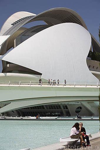 El Palacio de las Artes. Ciudad de las Artes y las Ciencias. Santiago Calatrava. VALENCIA. España