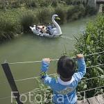 Parque de Cabecera con jardines, parques y estanque. VALENCIA. España