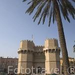 Torres de Serranos del s.XIV. Con planta poligonal, almenas y decoracion exterior. VALENCIA. España