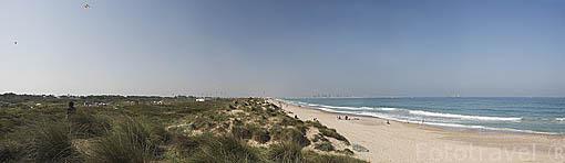 Playa de El Saler. Al sur de la ciudad de VALENCIA. España