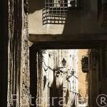 Pasadizo elevado detras del Palau de la Generalitat. TARRAGONA. Ciudad Patrimonio de la UNESCO. España