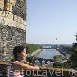 Vista del rio Loira desde el castillo del s.XIII. Residencia de los duques de Anjou en el s.XIV- XV. Ciudad de ANGERS. Región de Pays de Loire. Francia. France