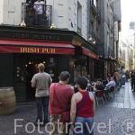 Terrazas y bares en la calle Juiverie. Ciudad de NANTES. Región Pays de la Loire. FRANCIA. France