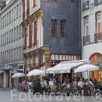 Terrazas cerca de la calle Barillerie. Ciudad de NANTES. Región Pays de la Loire. FRANCIA. France