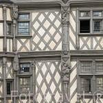 Detalle de la fachada. Casa de Adam del s.XVI. Población de ANGERS. Región de Pays de Loire. Francia. France