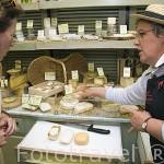 """Tienda """"Pascal Beillevaire"""" especializada en quesos. Ciudad de NANTES. Región Pays de la Loire. FRANCIA. France"""