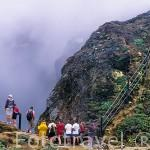Vista del crater de Dupuy. En lo alto de la montaña de La Soufriere. (1467mts). Isla de GUADALUPE. Caribe. Francia