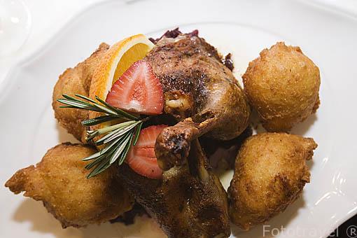 Plato de pollo con chucrut. Comarca del Transdanubio. Hungria