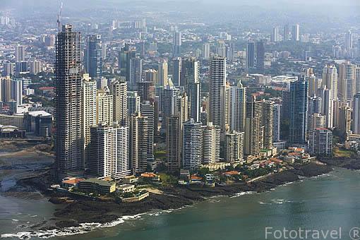 Vista aerea de los edificios nuevos de Paitilla. PANAMA. Centroamerica
