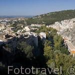 La hoz del Huecar y al fondo a la derecha el Barrio de San Anton. CUENCA. Ciudad Patrimonio de la Humanidad. Castilla La Mancha. España