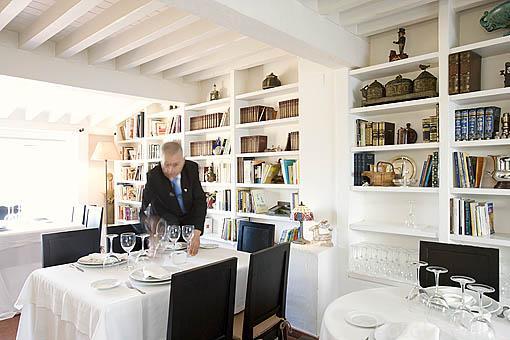 Restaurante El Figón del Huecar, antiguamente fue la casa del cantante Jose Luis Perales. CUENCA. Ciudad Patrimonio de la Humanidad. Castilla La Mancha. España