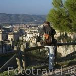 Mirador en lo alto del barrio del Castillo. CUENCA. Ciudad Patrimonio de la Humanidad. Castilla La Mancha. España