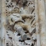 Detalle del astronauta en la fachada de Ramos de la catedral Nueva. SALAMANCA. Ciudad Patrimonio de la Humanidad, UNESCO. Castilla y León. España