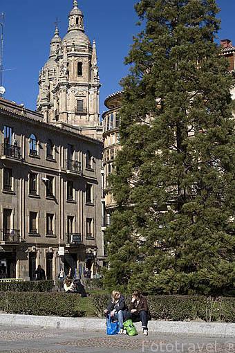 Plaza de Anaya y estudiantes. SALAMANCA. Ciudad Patrimonio de la Humanidad, UNESCO. Castilla y León. España
