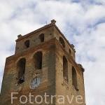 Torre e iglesia mudejar en la poblacion de ZORITA DE LA FRONTERA. Provincia de Salamanca. España. Spain