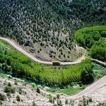 Carretera de acceso al Parque Natural del Cañon del rio Lobos. SORIA. Castilla y León. España